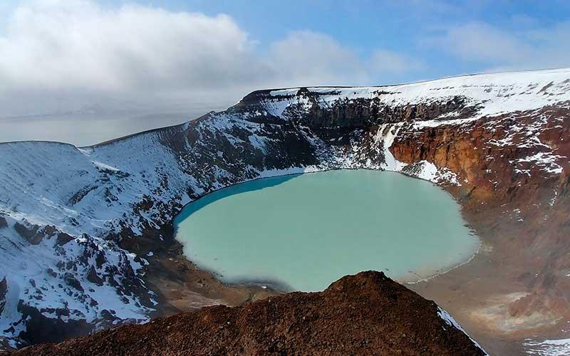 crater tanzania